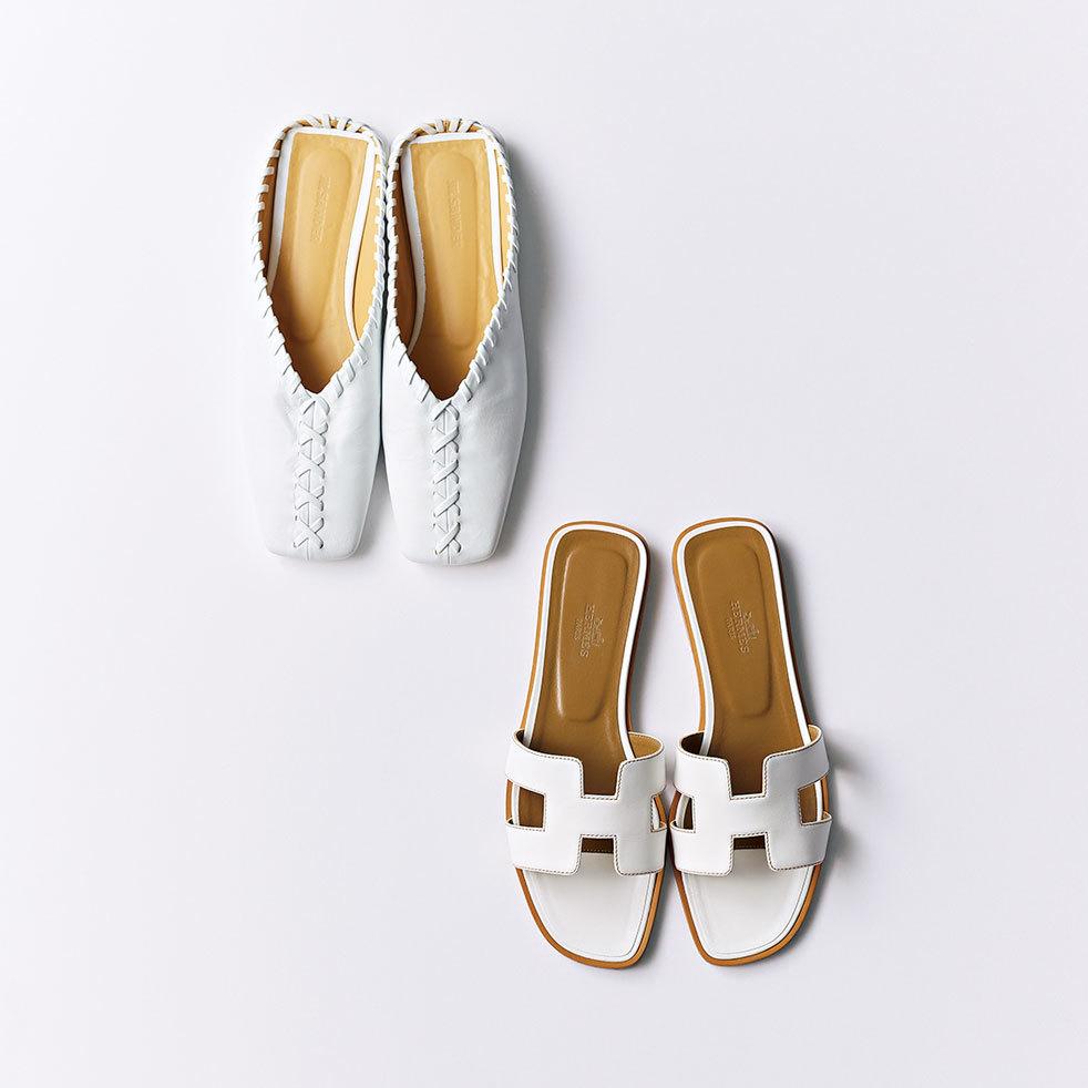 人気エディター磯部安伽さんの「スパイス小物」_白い靴