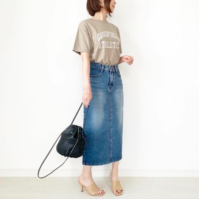 夏セール!秋まで使えるベージュロゴTシャツ【tomomiyuコーデ】_1_6