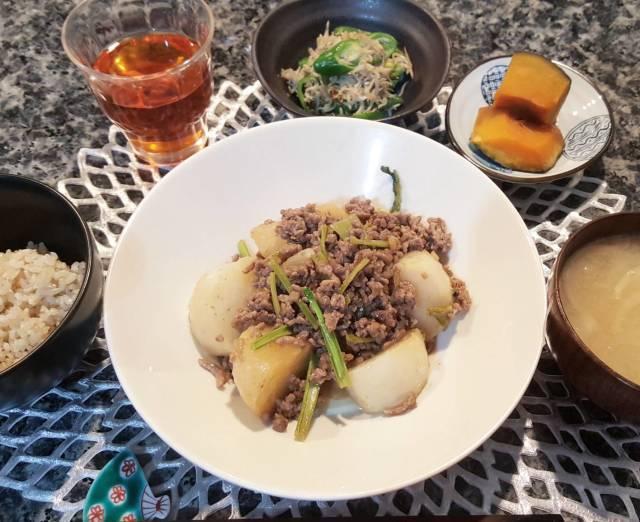 ■水曜日のかぶとひき肉のとろとろ炒め定食