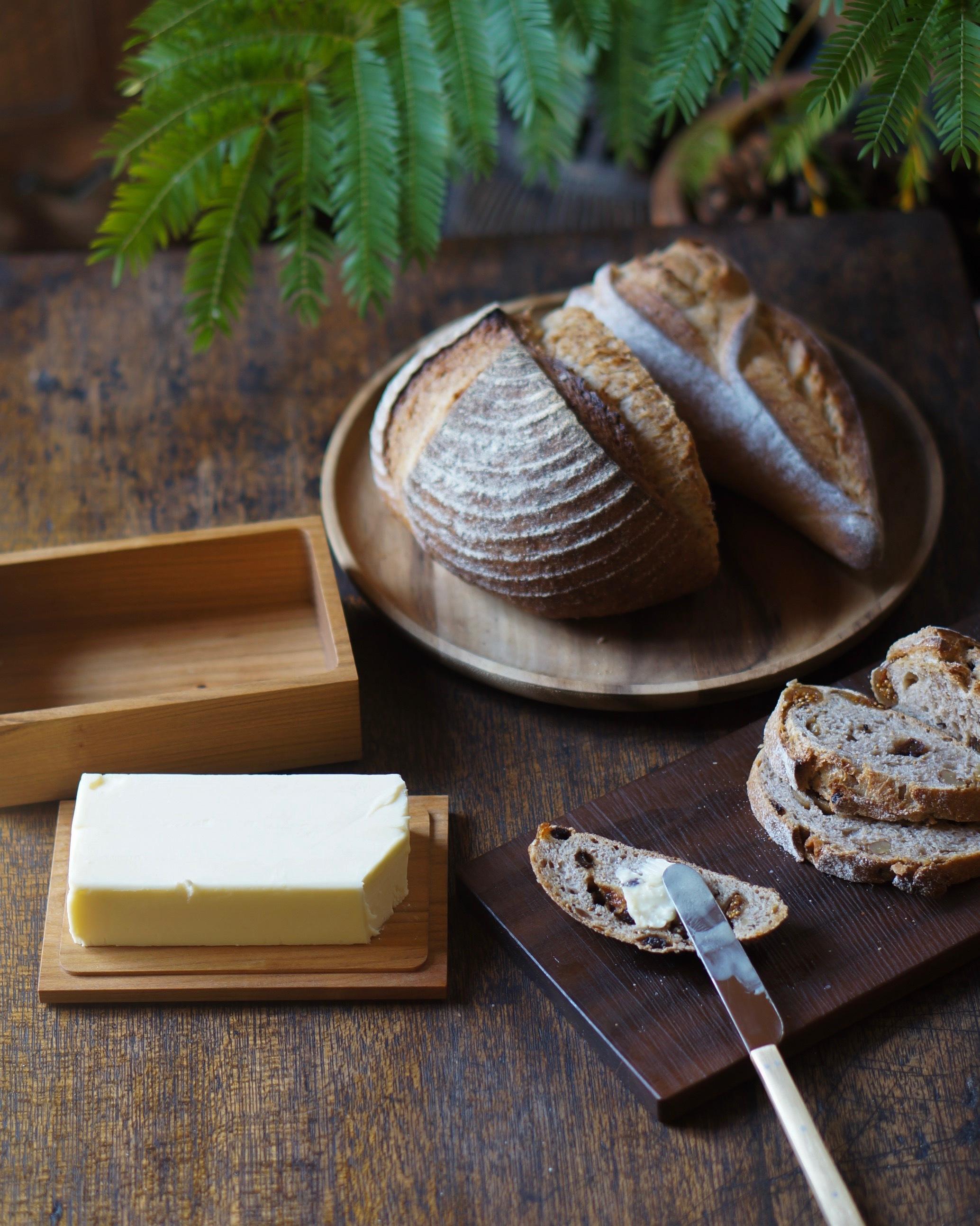 パンは鎌倉で人気の「KIBIYA」で