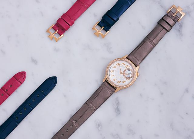 時計「エジェリー・クォーツ」(30mm径、PG×D、クォーツ、3色のアリゲーターストラップつき)¥1,904,000[予価]/ヴァシュロン・コンスタンタン