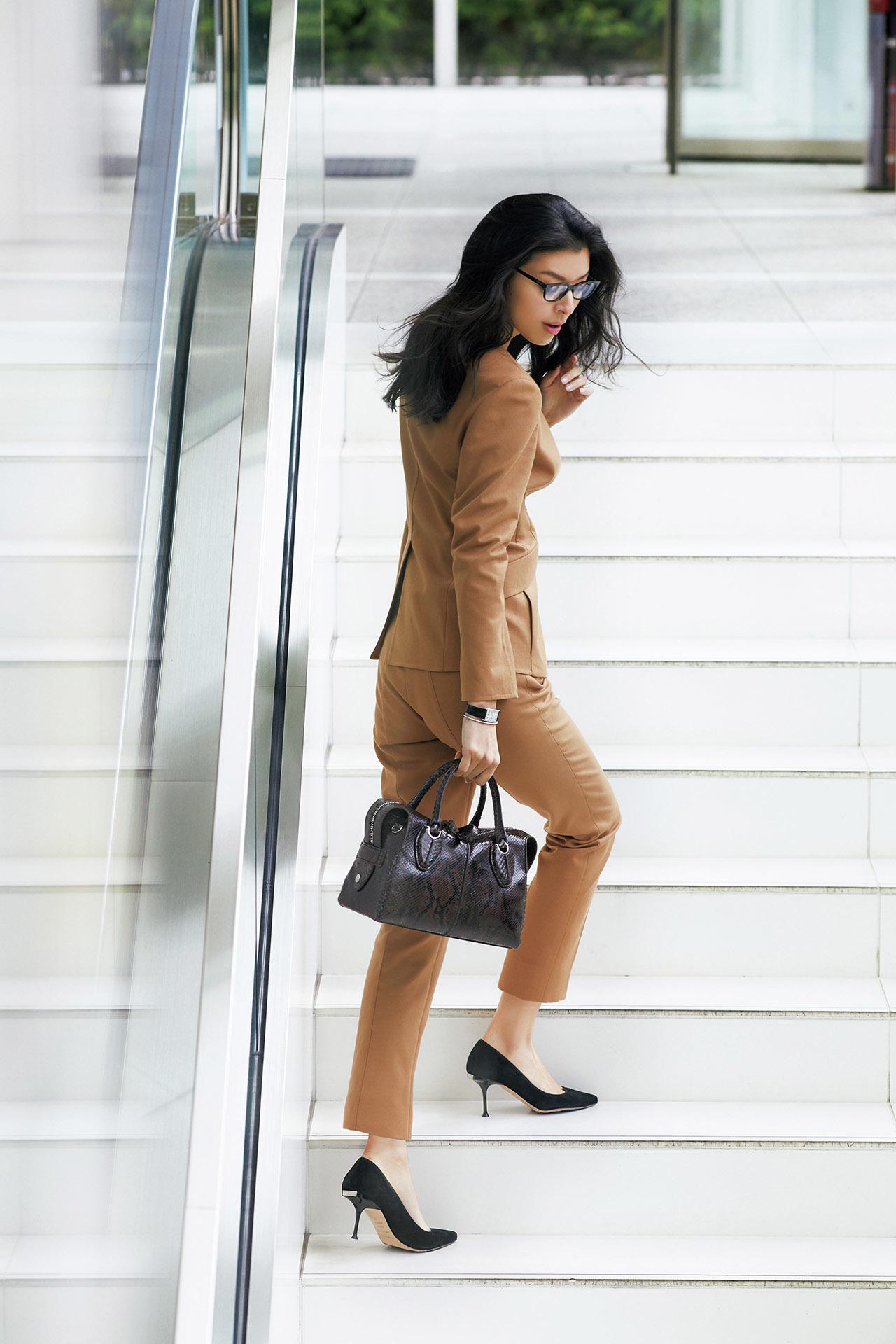 美しさも履き心地も妥協しないブランドがここに。働くJマダムが支持する「名品パンプス」 五選_1_1-5