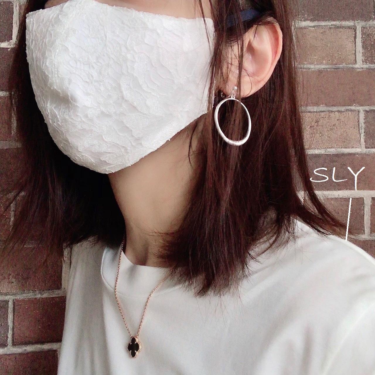 アシダジュンのマスク着画