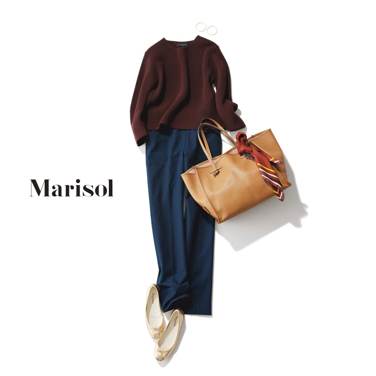 40代ファッション ブラウンニット×ネイビーパンツコーデ