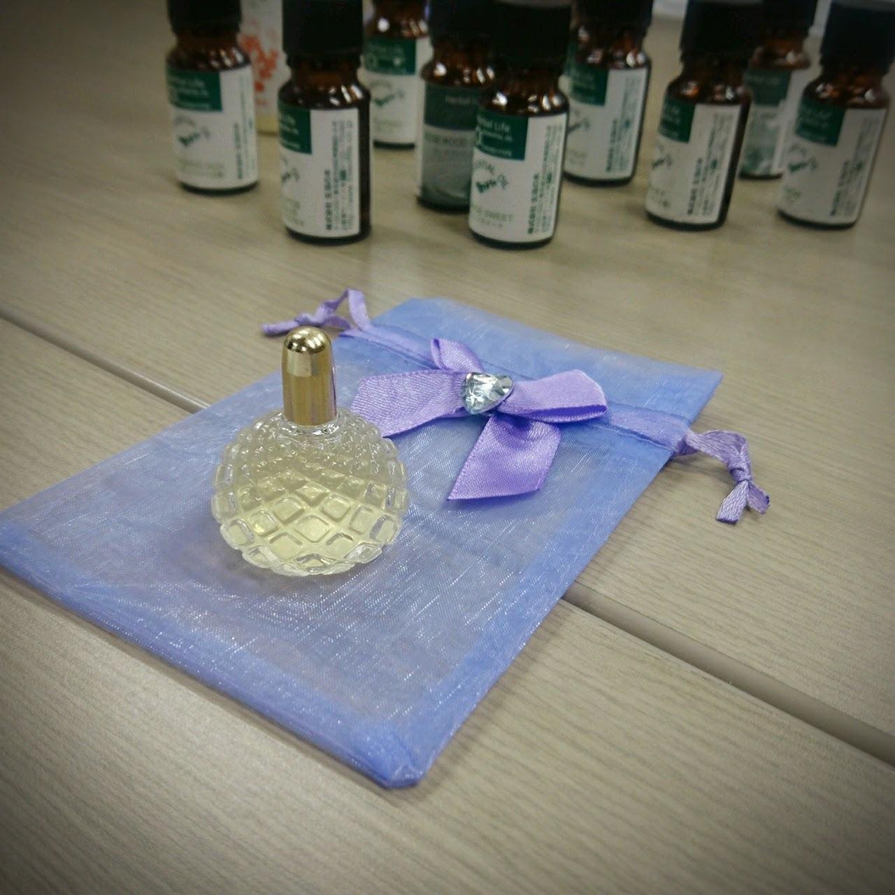 ハッピーを引き寄せるアロマ香水講座@表参道_1_1