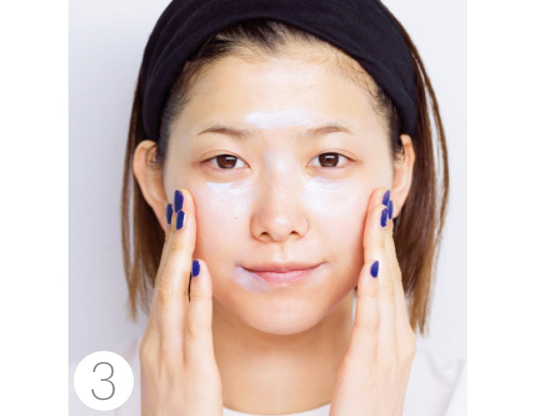 渡邉理佐がイガリシノブさんのメイクで大変身♡ モテ可愛「透明感肌」はこう作る! _1_5-3