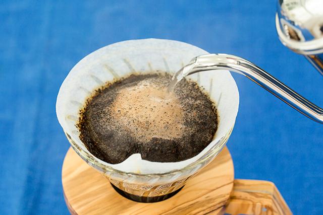 マリソル美女組コーヒーマニアがお試し! 「青」と一緒に愉しむ、大人のコーヒー時間_1_2-1
