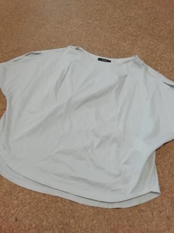 アーバンリサーチにて店員さんに勧められたTシャツ