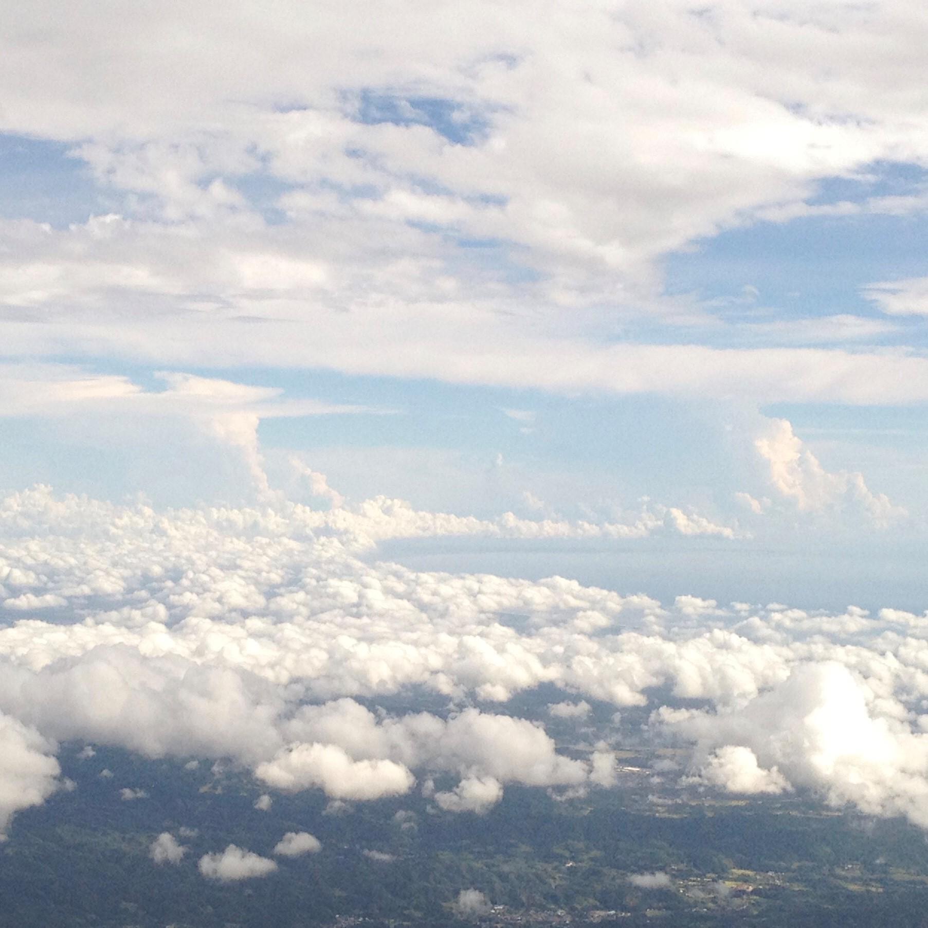 機窓は流れる、ゆっくりと。_1_1-2
