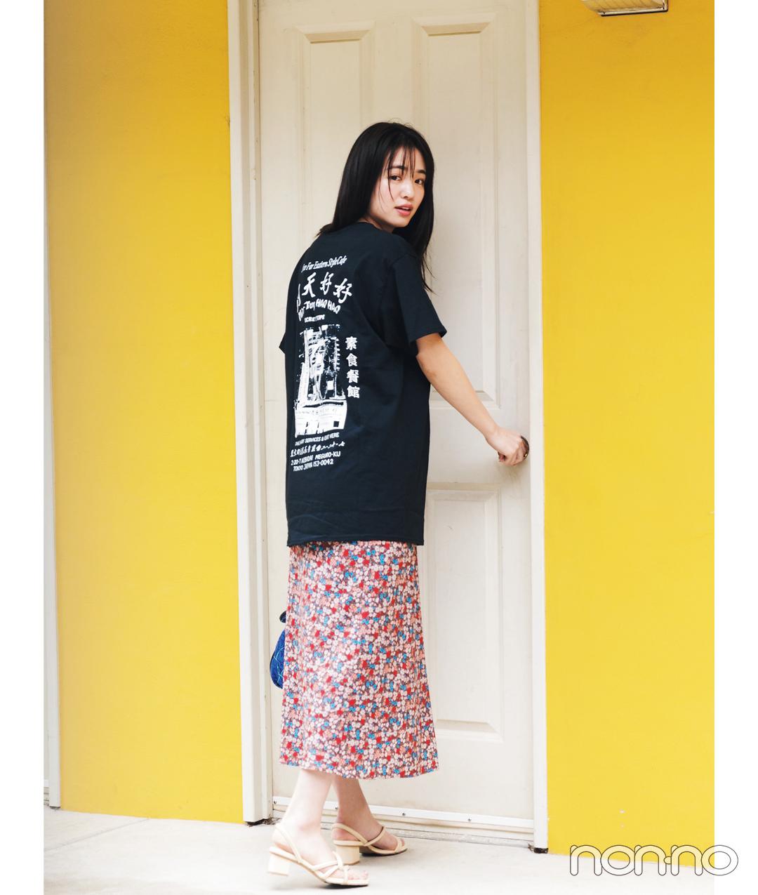 横田真悠が着る明天好好のショップTシャツコーデ33