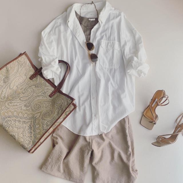 夏→秋のつなぎめに、今年は白シャツ気分。_1_4
