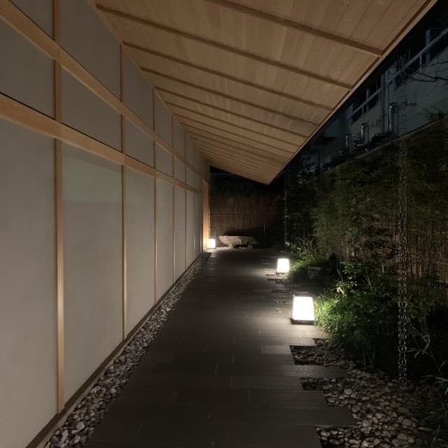 新宿の大都会の中、モダンな空間で温泉を楽しむ。温泉旅館 由縁新宿。_1_3