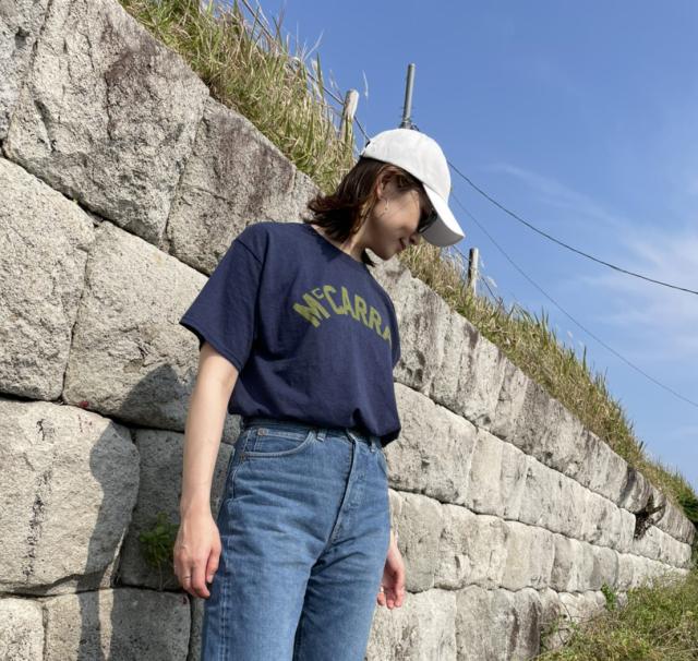 40代にベストなロゴTシャツとは? 大人に似合う夏の最旬ロゴTシャツコーデまとめ|美女組Pick up!_1_30