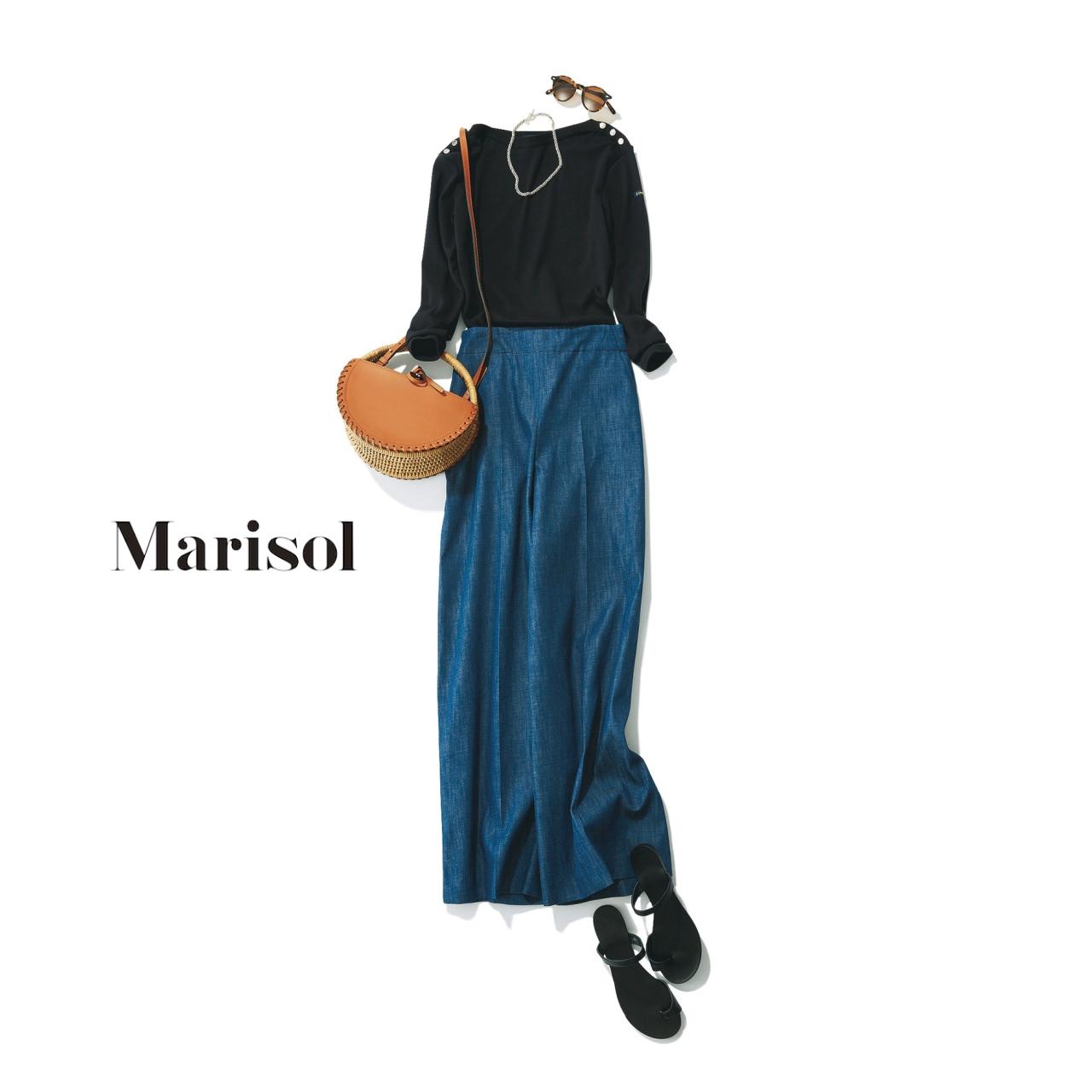 40代ファッション 黒トップス×ワイドパンツコーデ