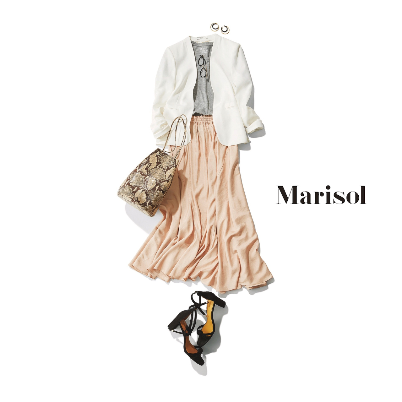 40代ファッション 白ジャケット×洗えるシルク調スカートコーデ
