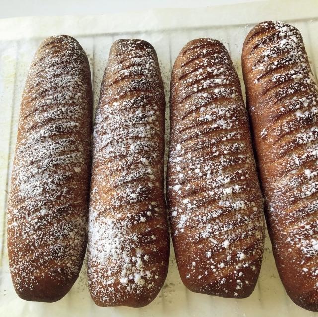「パン作りに夢中。仕上がりが天候で変わるのがおもしろい!」
