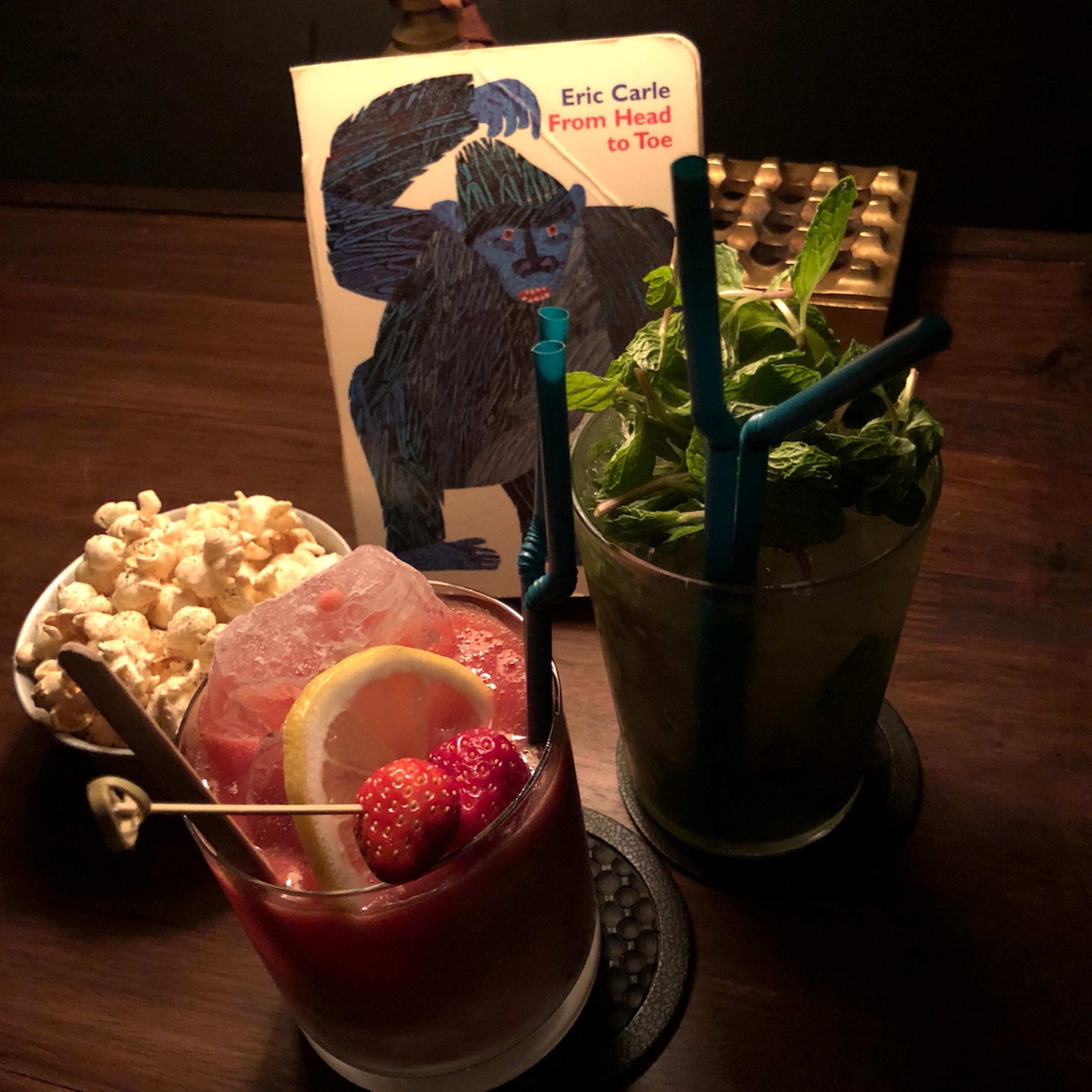 "Vol.53♡【デート向け】深夜の図書館バー""Library Lounge THESE(テーゼ)""_1_3-2"