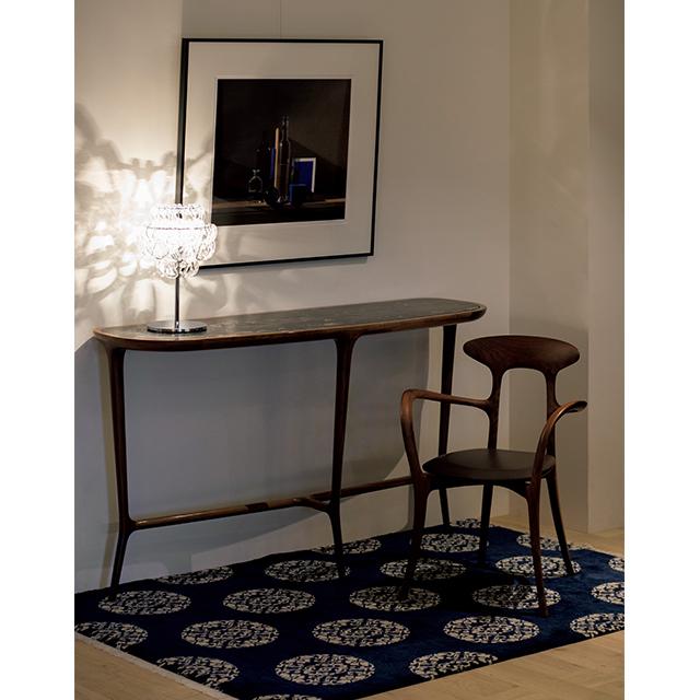チェコッティ・コレツィオーニの家具も