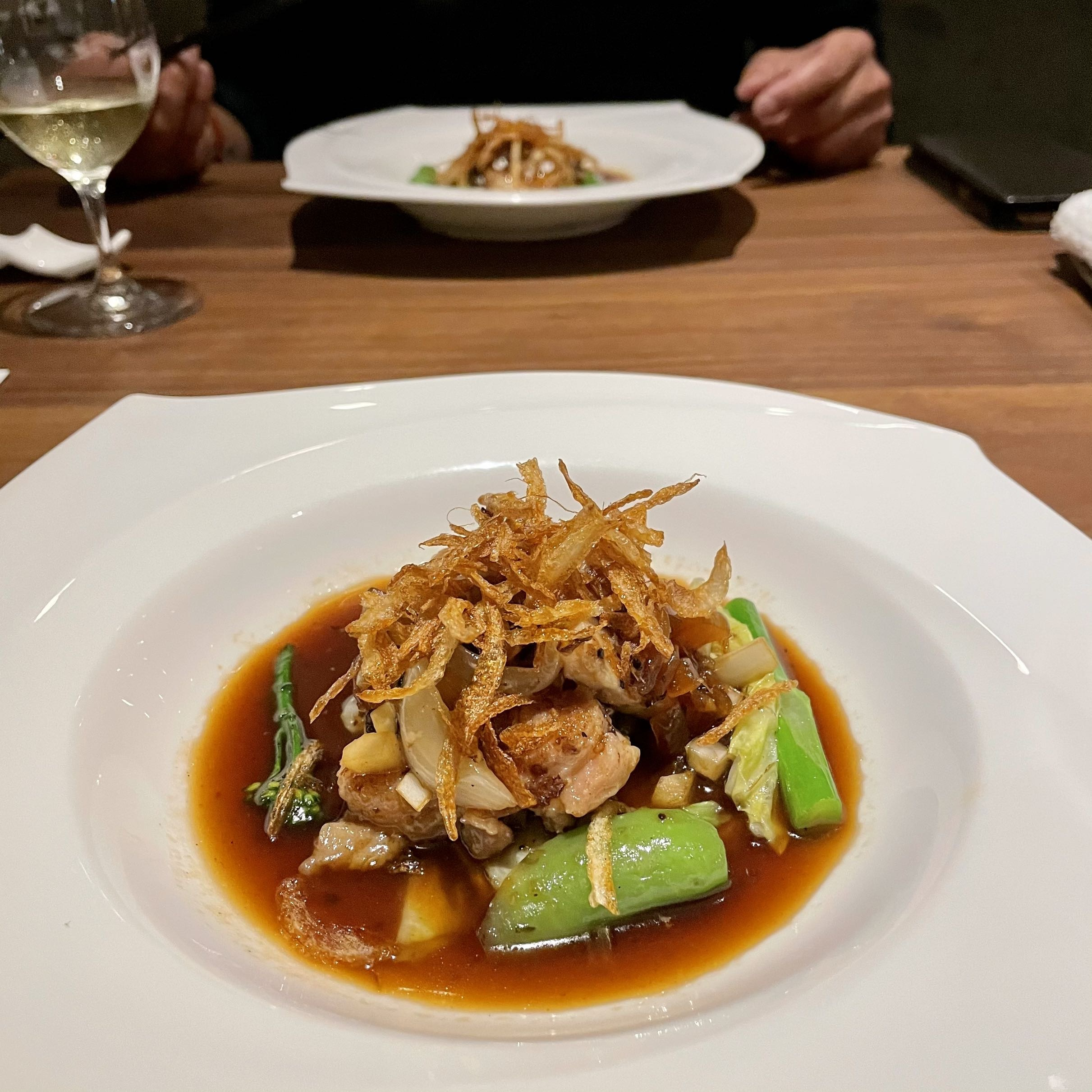 「Cantonese 燕 KEN TAKASE」料理写真 お肉料理