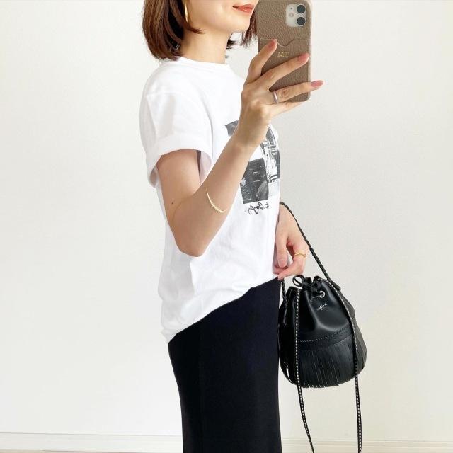 """アラフォーが今すぐ買うべき""""2021夏のトレンドTシャツ""""はこれ! 大人に似合う最旬Tシャツまとめ 40代ファッション_1_28"""