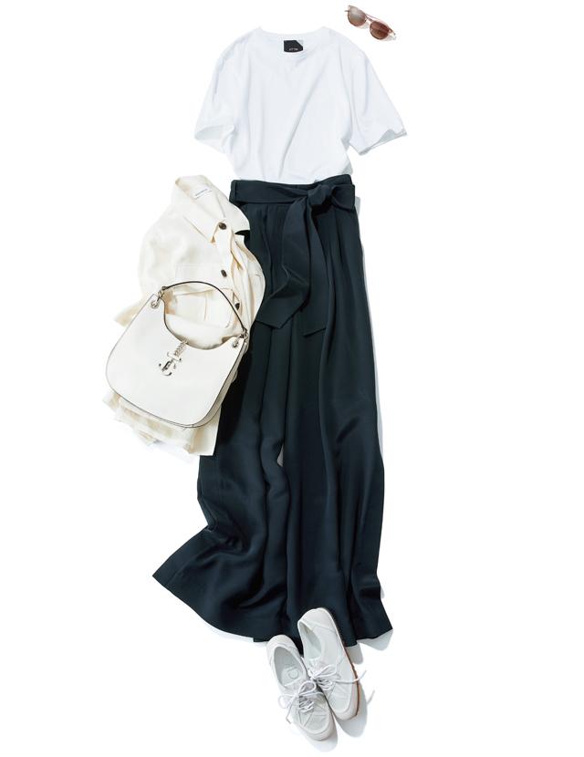 本来ハンサムなワイド幅も しなやか素材でスカート見え
