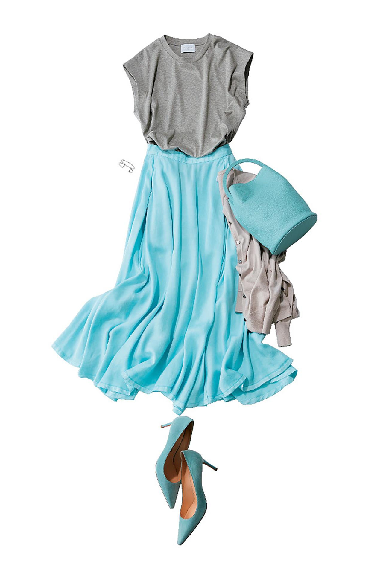 ブルーのスカートは、涼やかな美人感で360度好感度! 五選_1_1-4