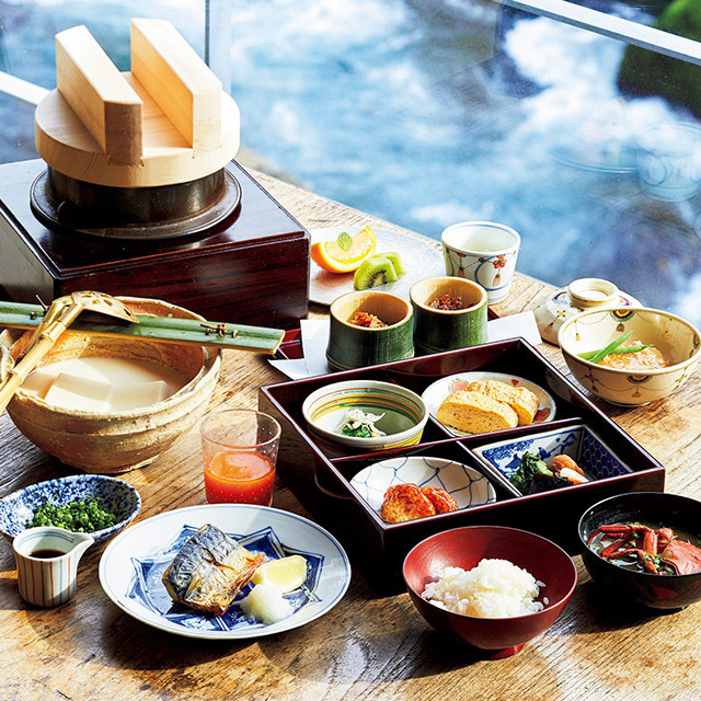 朝食は石蔵のレストランで
