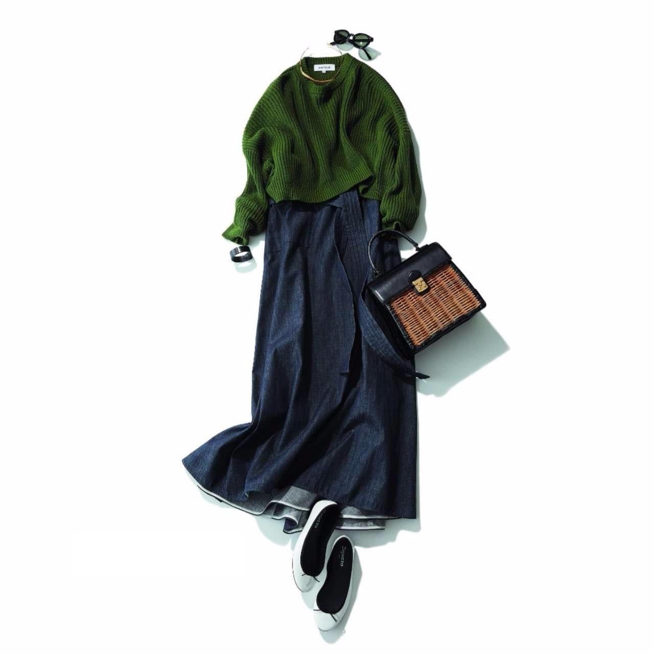 マキシ丈スカート×かごバッグコーデ