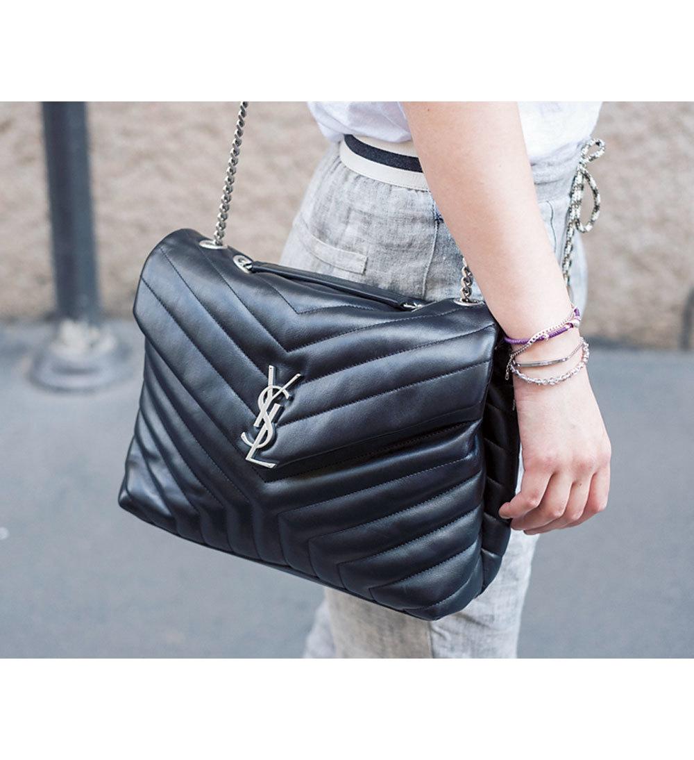 ファッション サンローランのチェーンバッグ
