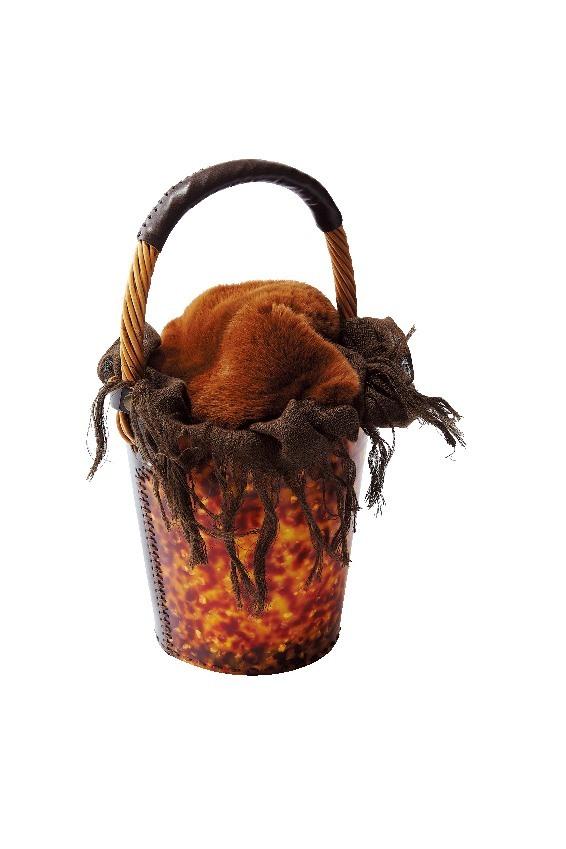 この冬、バッグを買うならバケツ型!_1_1