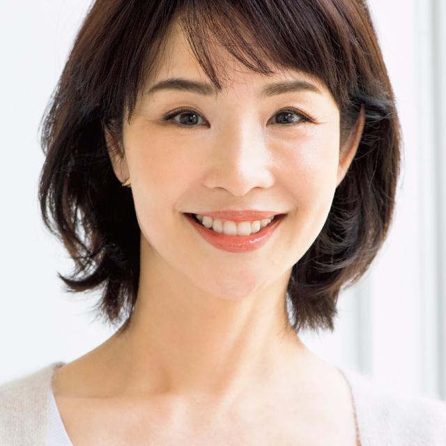幸せ優しげ眉のメイクをした伊藤美帆さん