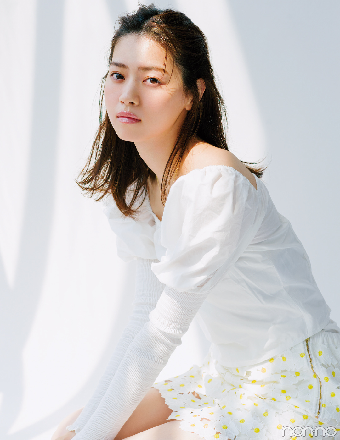 西野七瀬の-2℃メイク♡ ヌーディなベージュリップで透明感ましまし!_1_2