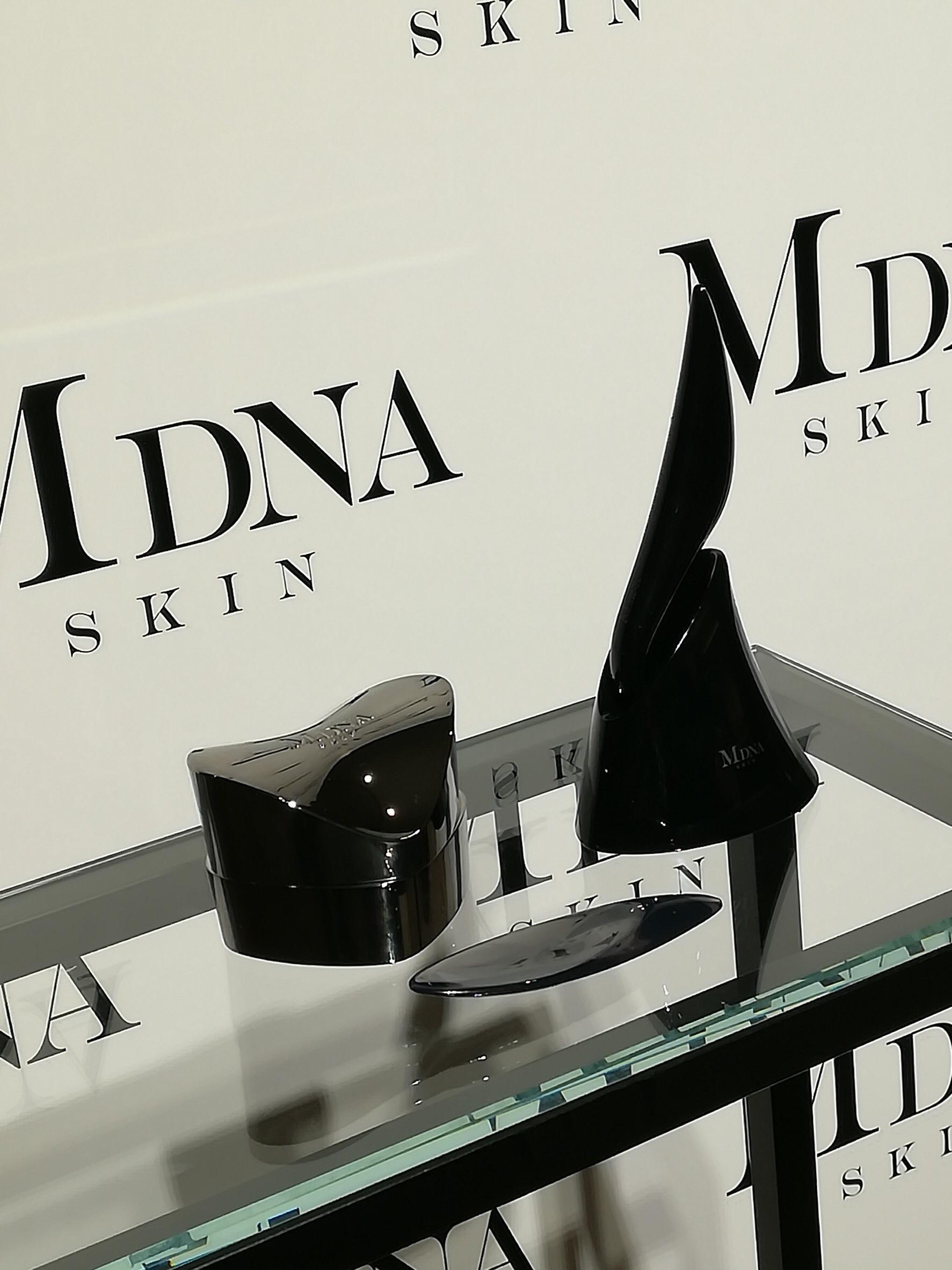 世界の歌姫マドンナプロデュース!MDNASKIN の新作。_1_4