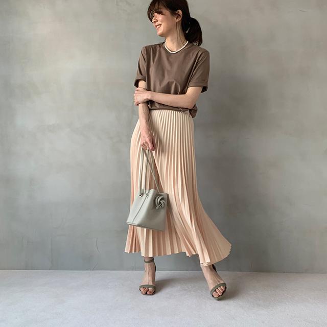 夏のブラウンで品よくこなれる! 大人のプチプラ高見えも叶えるブラウンコーデまとめ 40代ファッション_1_17