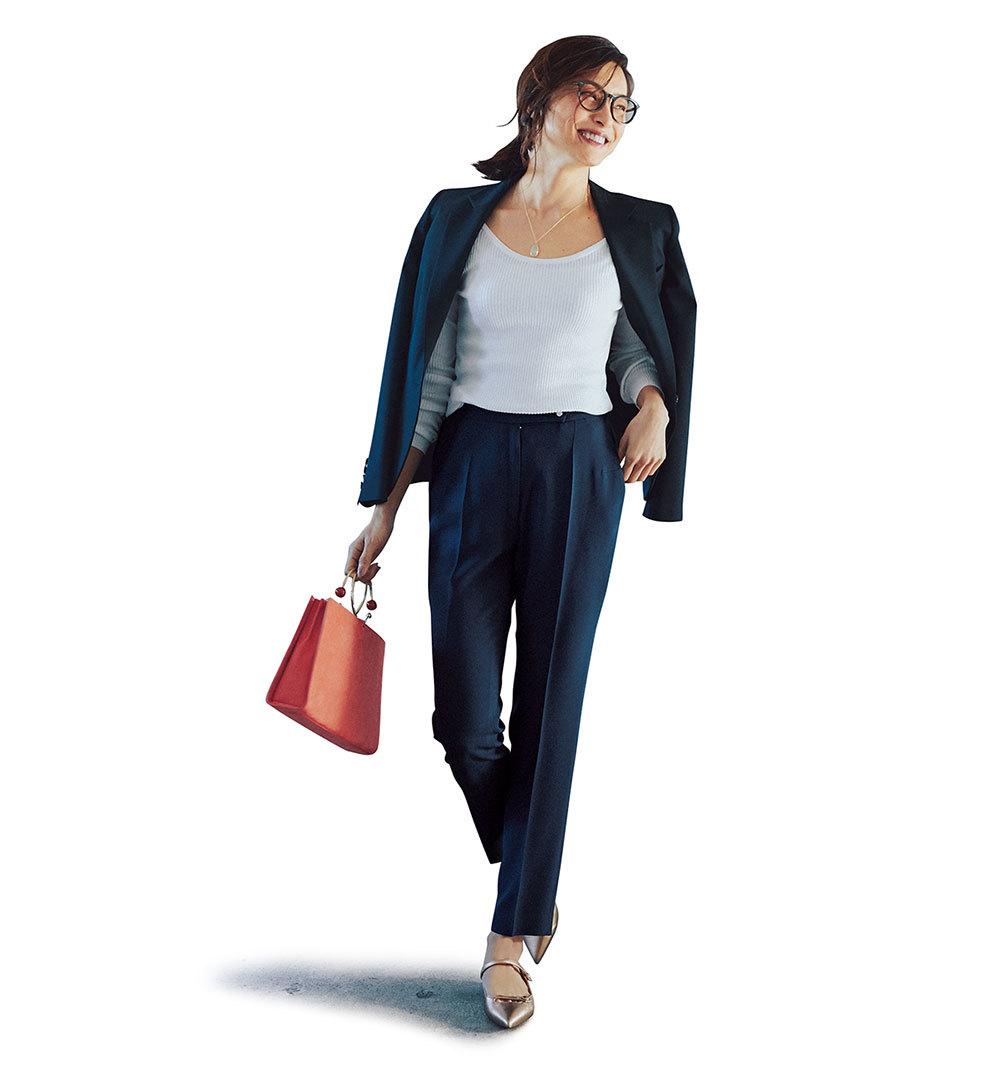 旬アイテムの「ジャケット」にパンツを合わせる日、女っぽさをどう足す?_1_1-2