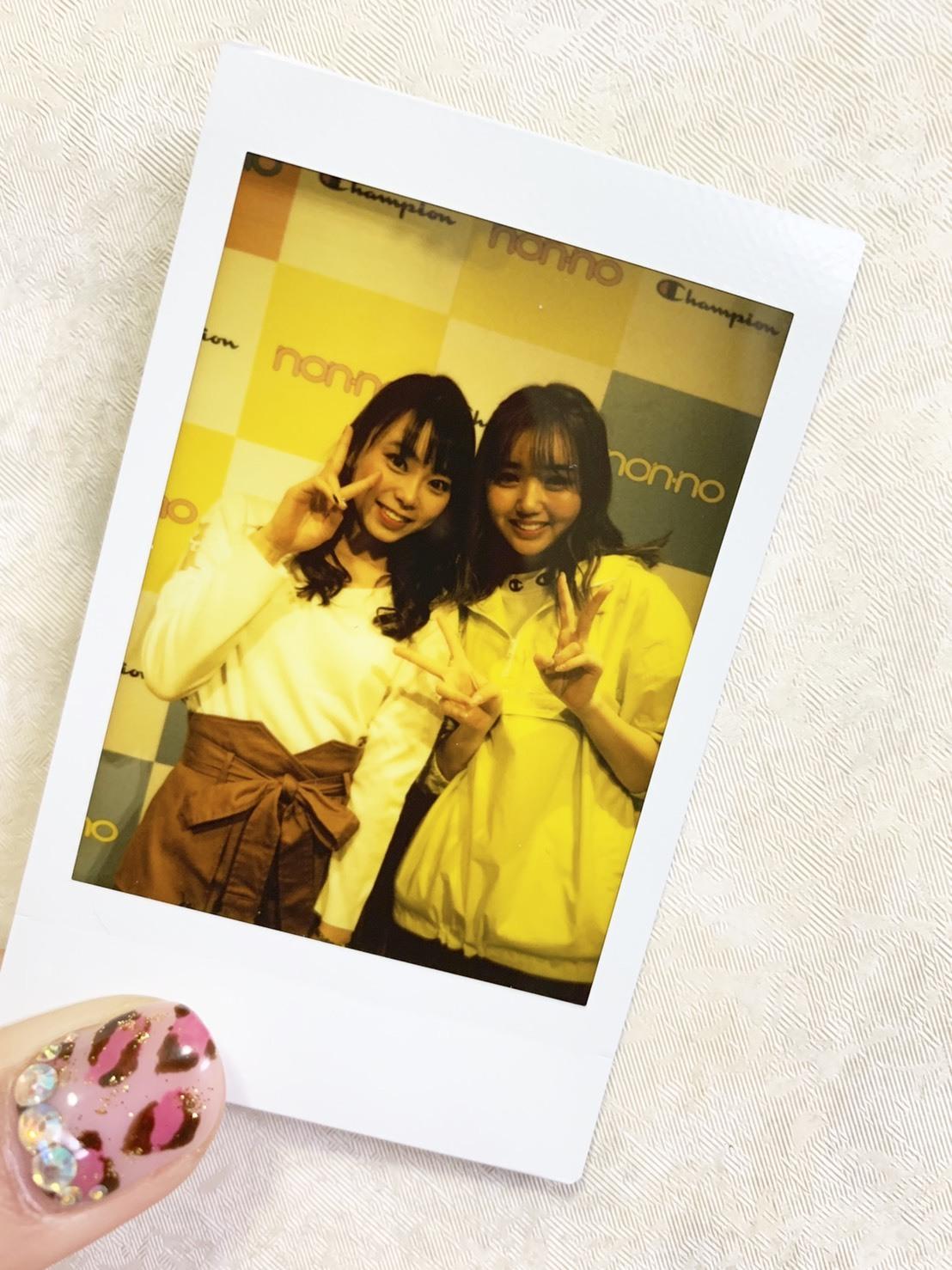 江野沢愛美さんがオススメするChampionの白パーカー買っちゃいました。_1_6