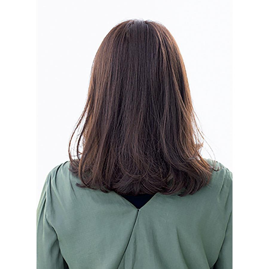 後ろから見た 人気ミディアムヘアスタイル7位の髪型