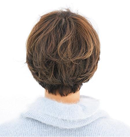 レトロなマッシュベース× 寒色カラーでモードショートに【40代のショートヘア】_1_3