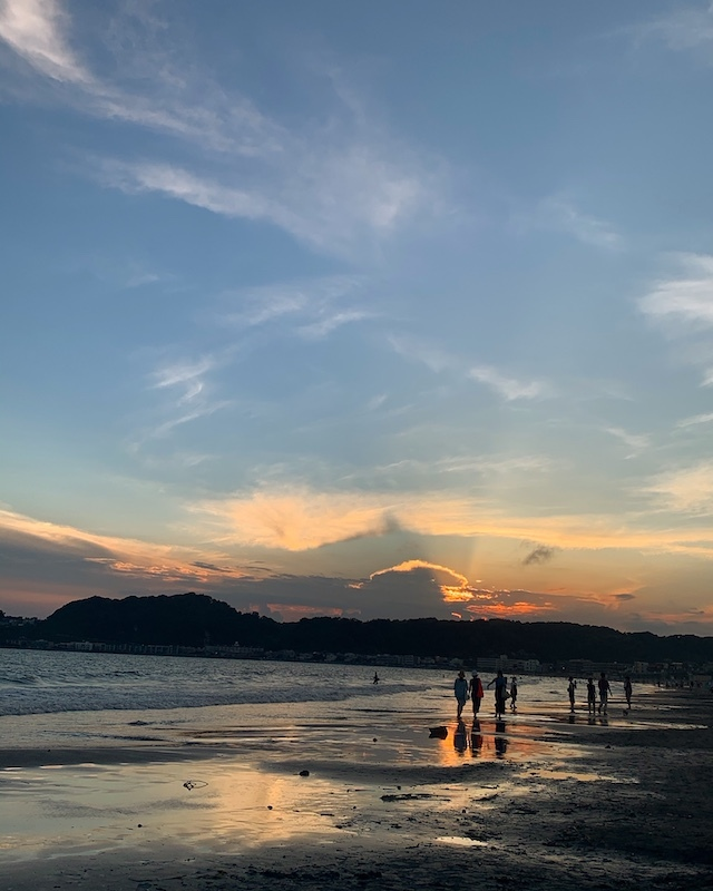 夕焼け 湘南 デュアルライフ 海辺の暮らし