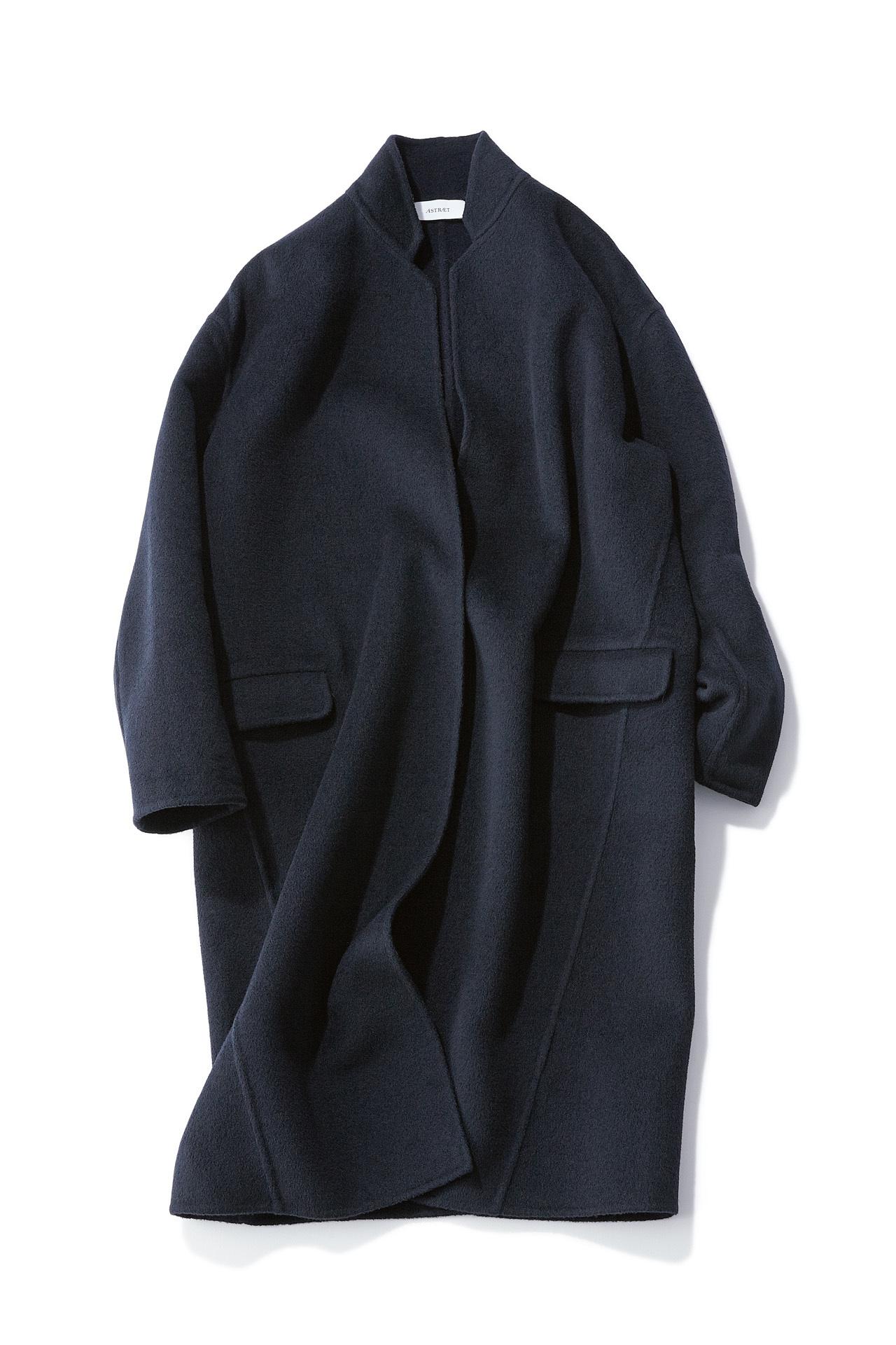 この秋、富岡佳子が買い足した私服とは? 五選_1_1