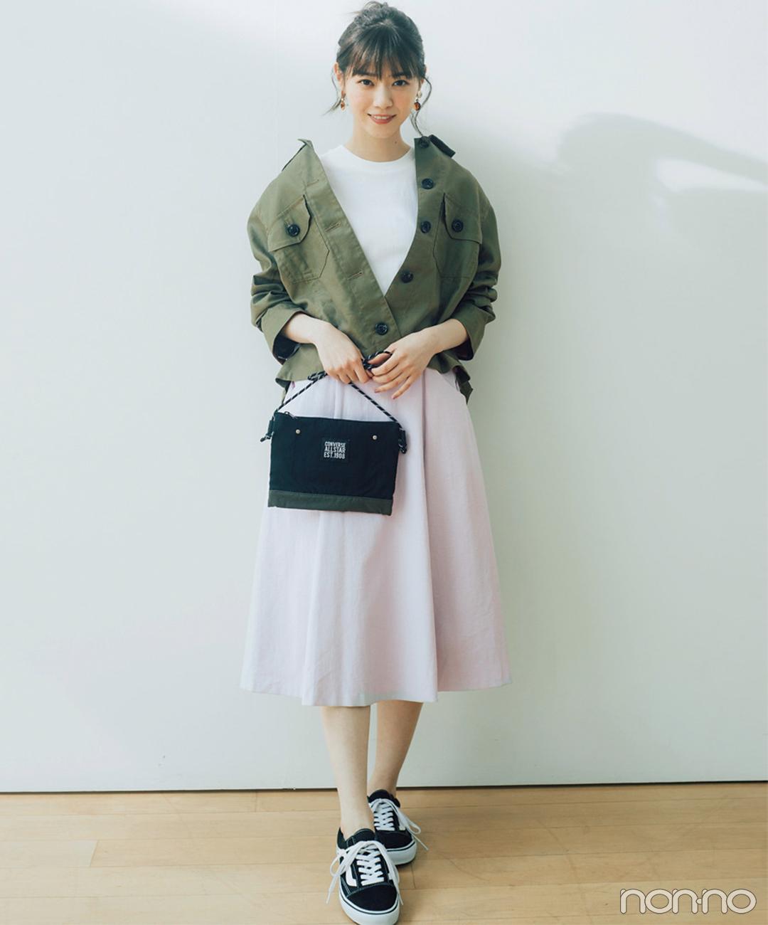 西野七瀬はカーキシャツとピンクスカートで絶妙甘辛バランスに!【毎日コーデ】_1_1