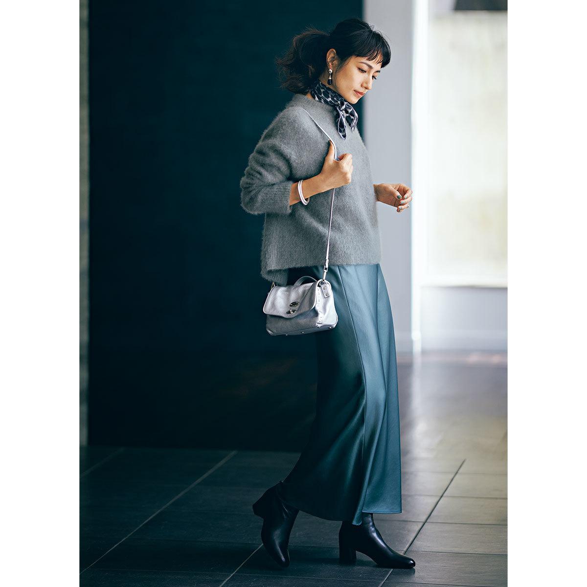 きれいめ好きの買うべきツヤ素材のナロースカート_1