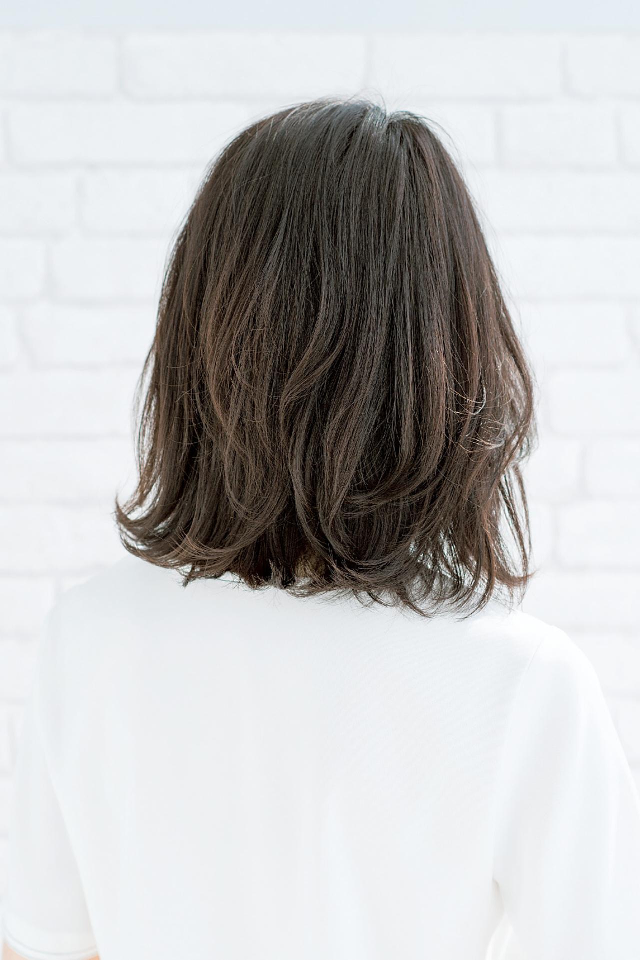 清潔なセンシュアリティが魅力な、大人のミディアムヘア 五選_1_2-1