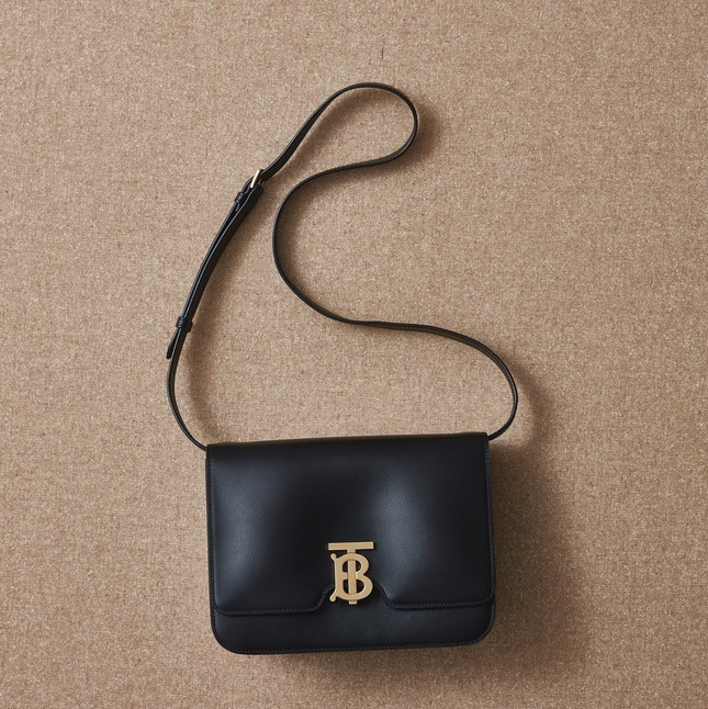 ファッション バーバリーのバッグ