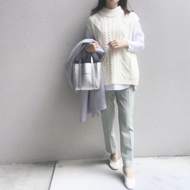 #ユニクロ 穿く度に良さを実感するパンツで春のきれい色コーデ_1_1