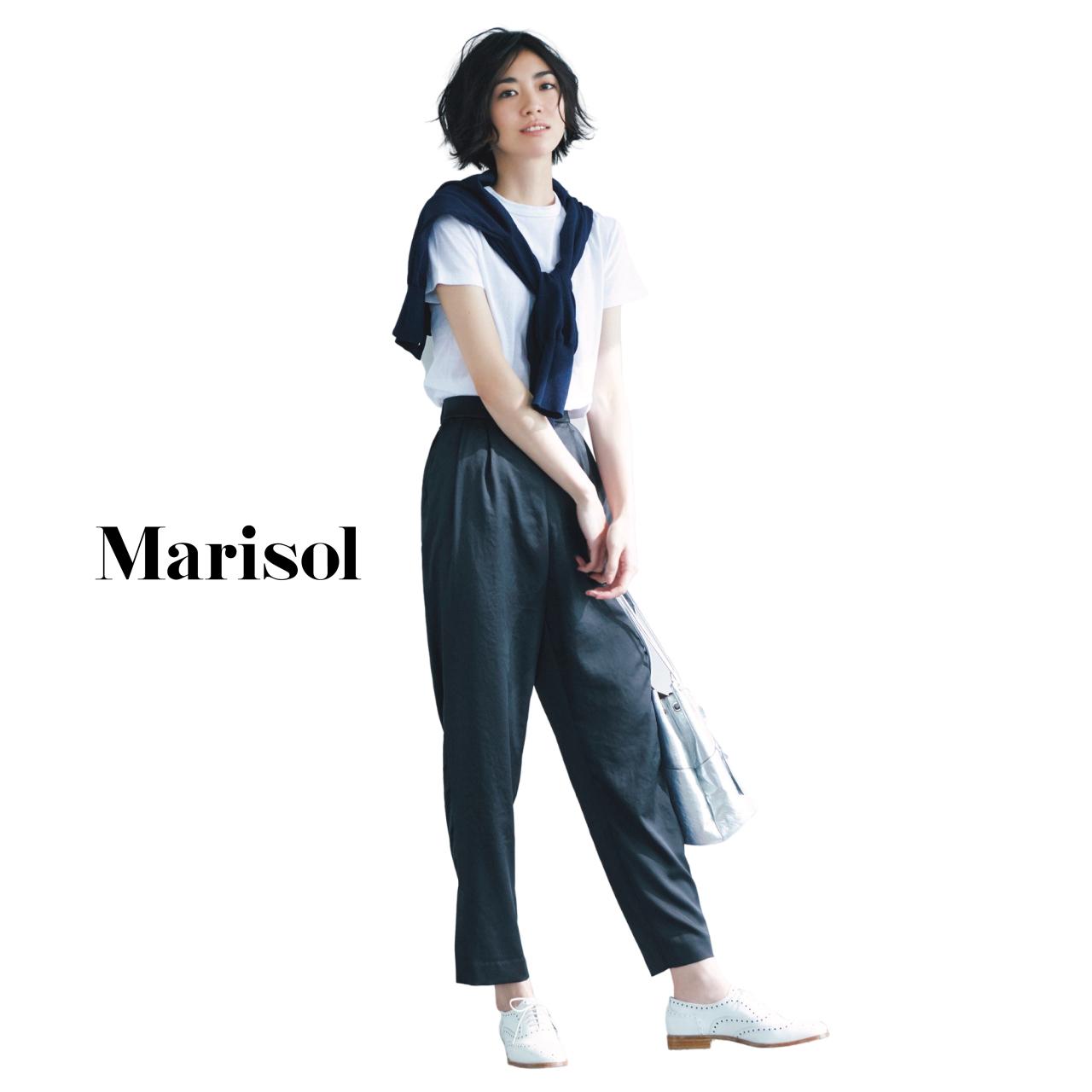 40代ファッション Tシャツ×ニット×パンツコーデ