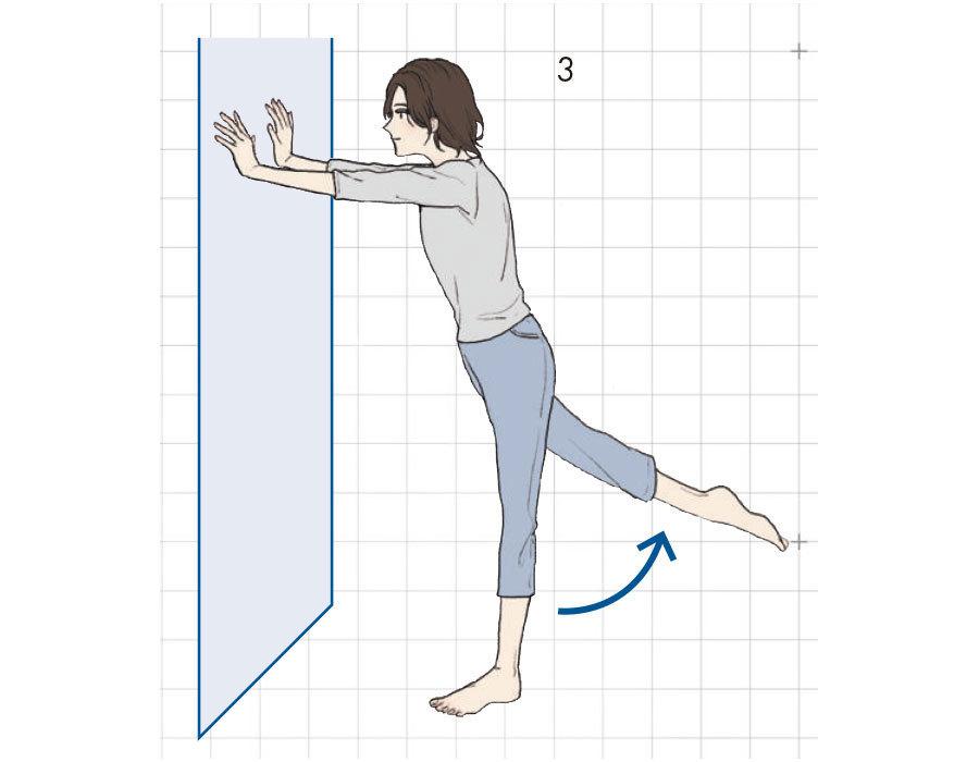3.そのまま右脚を後ろに伸ばし、そけい部をぐーっと伸ばす。この1〜3を10回、左脚も同様に。