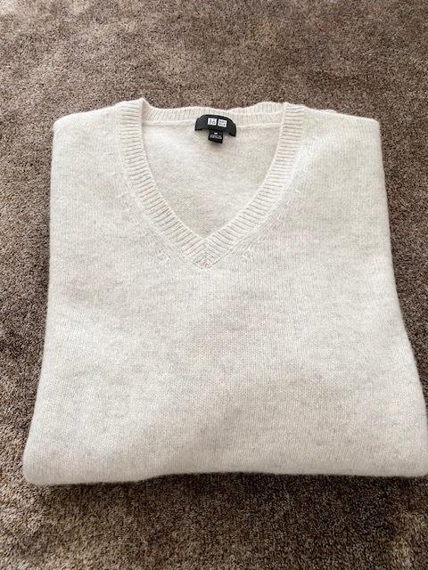 【 UNIQLO 】オートミールカラーのmen'sセーター_1_1