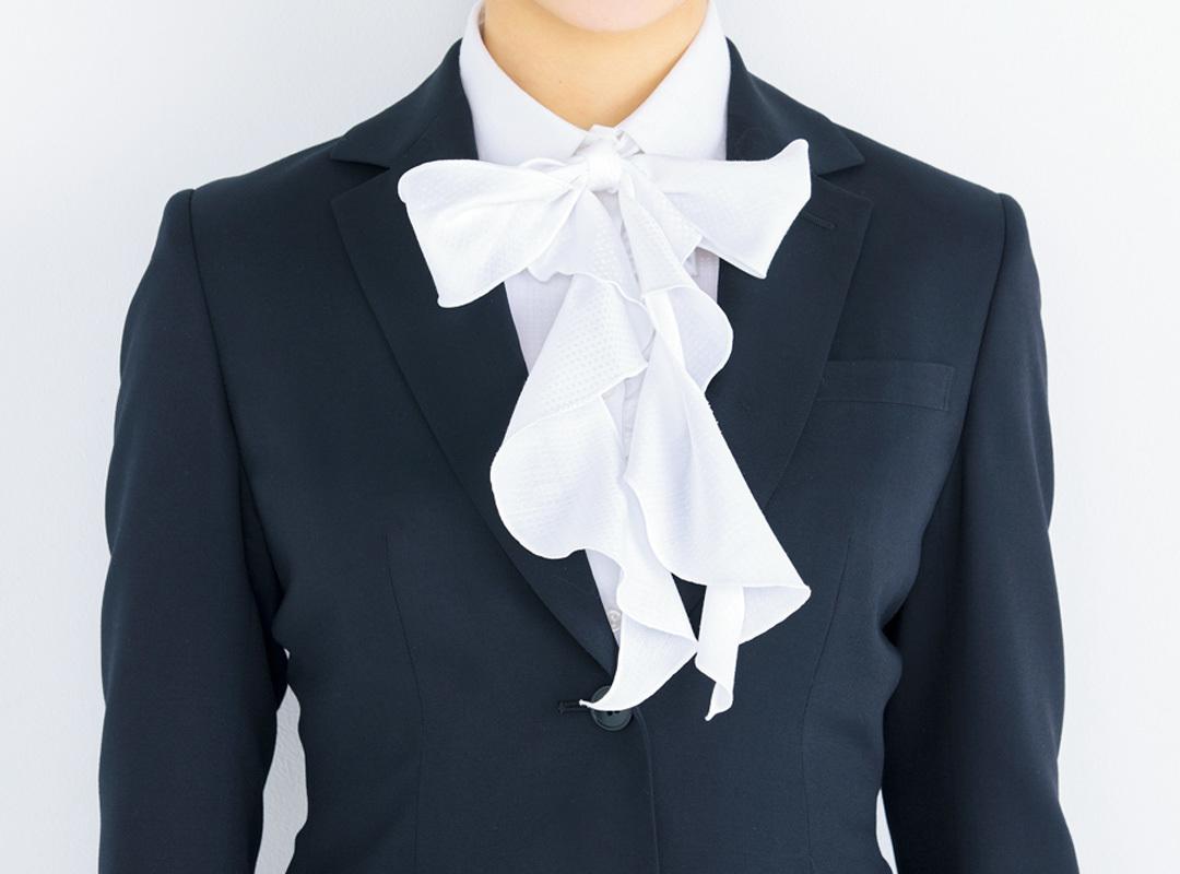 就活スーツ、インのシャツは業界&シーンで変えるべきだった!_1_1-4