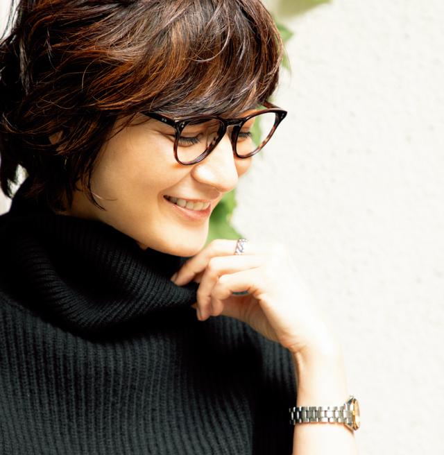 大人のメガネ上手代表 富岡佳子さん